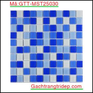 Gach-mosaic-thuy-tinh-chip-25x25x4mm-3-mau-hon-hop-GTT-MST25030
