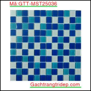 Gach-mosaic-thuy-tinh-chip-25x25x4mm-3-mau-hon-hop-GTT-MST25036