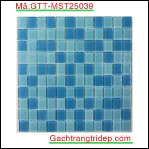 Gach-mosaic-thuy-tinh-chip-25x25x4mm-3-mau-hon-hop-GTT-MST25039