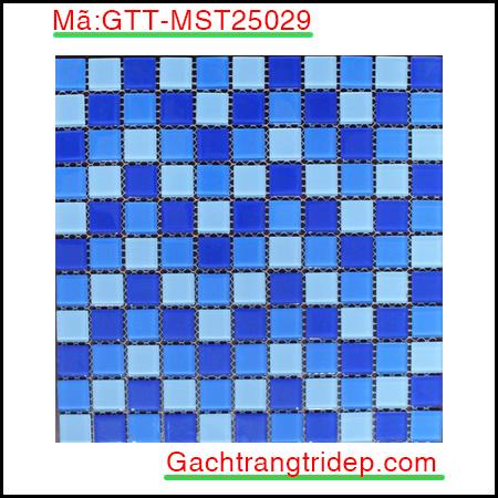 Gach-mosaic-thuy-tinh-chip-25x25x4mm-mau-xanh-hon-hop-GTT-MST25029