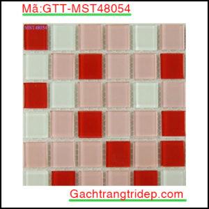 Gach-mosaic-thuy-tinh-chip-48x48x4mm-3-mau-hon-hop-GTT-MST48054