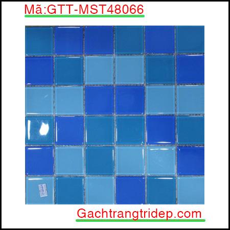 Gach-mosaic-thuy-tinh-chip-48x48x4mm-3-mau-hon-hop-GTT-MST48066