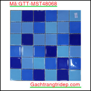 Gach-mosaic-thuy-tinh-chip-48x48x4mm-3-mau-hon-hop-GTT-MST48068