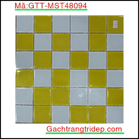 Gach-mosaic-thuy-tinh-chip-48x48x4mm-3-mau-hon-hop-GTT-MST48094