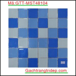 Gach-mosaic-thuy-tinh-chip-48x48x4mm-3-mau-hon-hop-GTT-MST48104