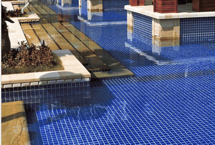 Lý do dẫn đến gạch mosaic trở thành vật liệu ốp hồ bơi được ưa chuông nhất-3